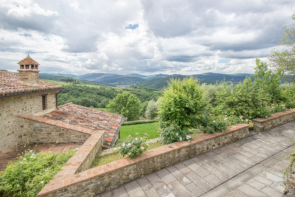 10-For-sale-unique-holiday-hamlet-Italy-Antonio-Russo-Real-Estate-Borgo-Country-Resort-Umbria-Accommodation-Facility.jpg