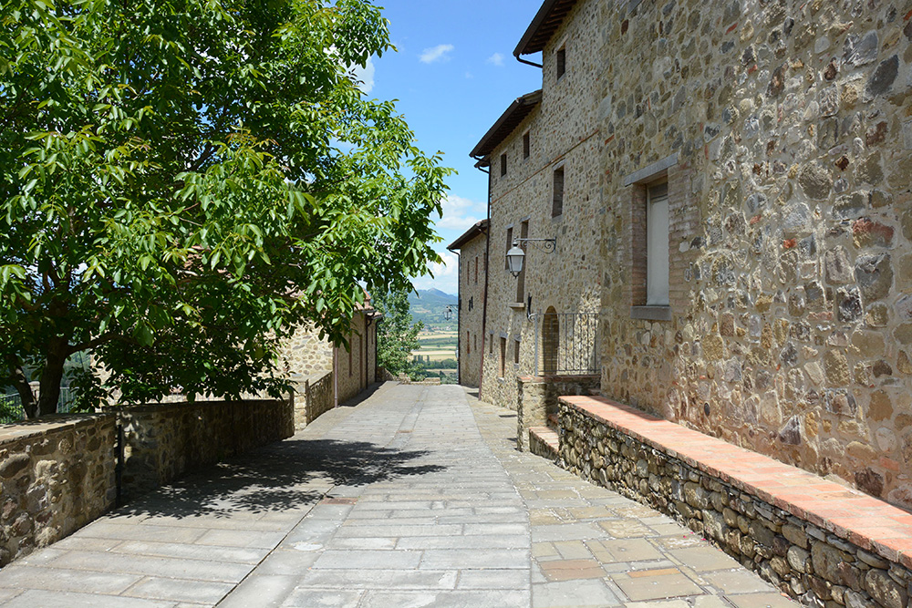 15-For-sale-unique-holiday-hamlet-Italy-Antonio-Russo-Real-Estate-Borgo-Country-Resort-Umbria-Accommodation-Facility.jpg