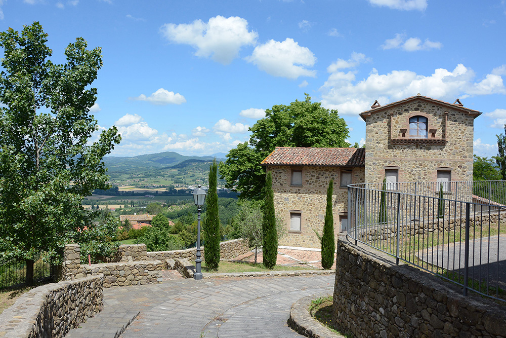 19-For-sale-unique-holiday-hamlet-Italy-Antonio-Russo-Real-Estate-Borgo-Country-Resort-Umbria-Accommodation-Facility.jpg