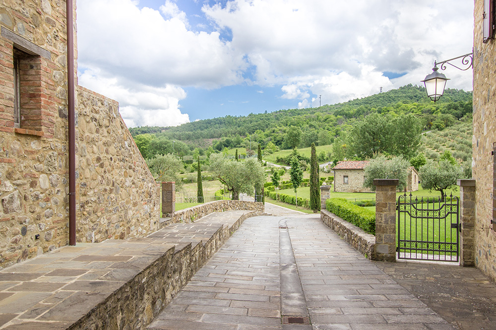 20-For-sale-unique-holiday-hamlet-Italy-Antonio-Russo-Real-Estate-Borgo-Country-Resort-Umbria-Accommodation-Facility.jpg