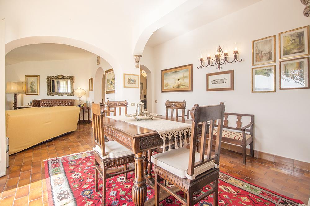 15-For-sale-luxury-villas-Italy-Antonio-Russo-Real-Estate-Villa-La-Panoramica-Castiglione-della-Pescaia-Tuscany.jpg