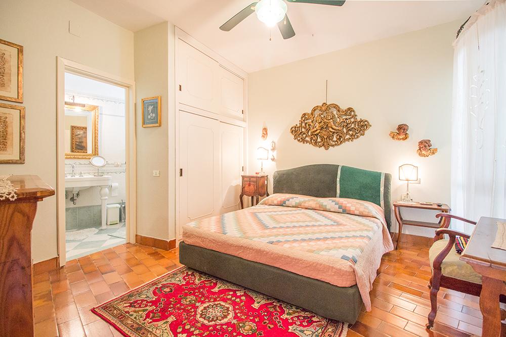 24-For-sale-luxury-villas-Italy-Antonio-Russo-Real-Estate-Villa-La-Panoramica-Castiglione-della-Pescaia-Tuscany.jpg
