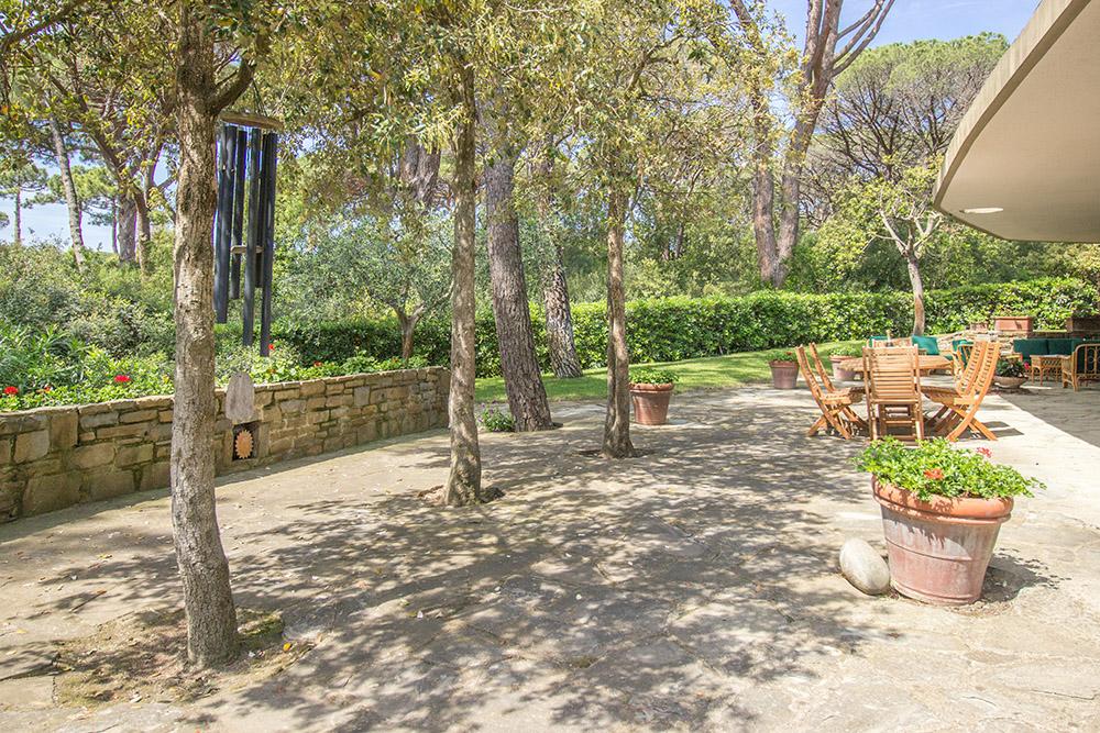 11-For-sale-luxury-villas-Italy-Antonio-Russo-Real-Estate-Villa-La-Pineta-Roccamare-Castiglione-della-Pescaia-Tuscany.jpg