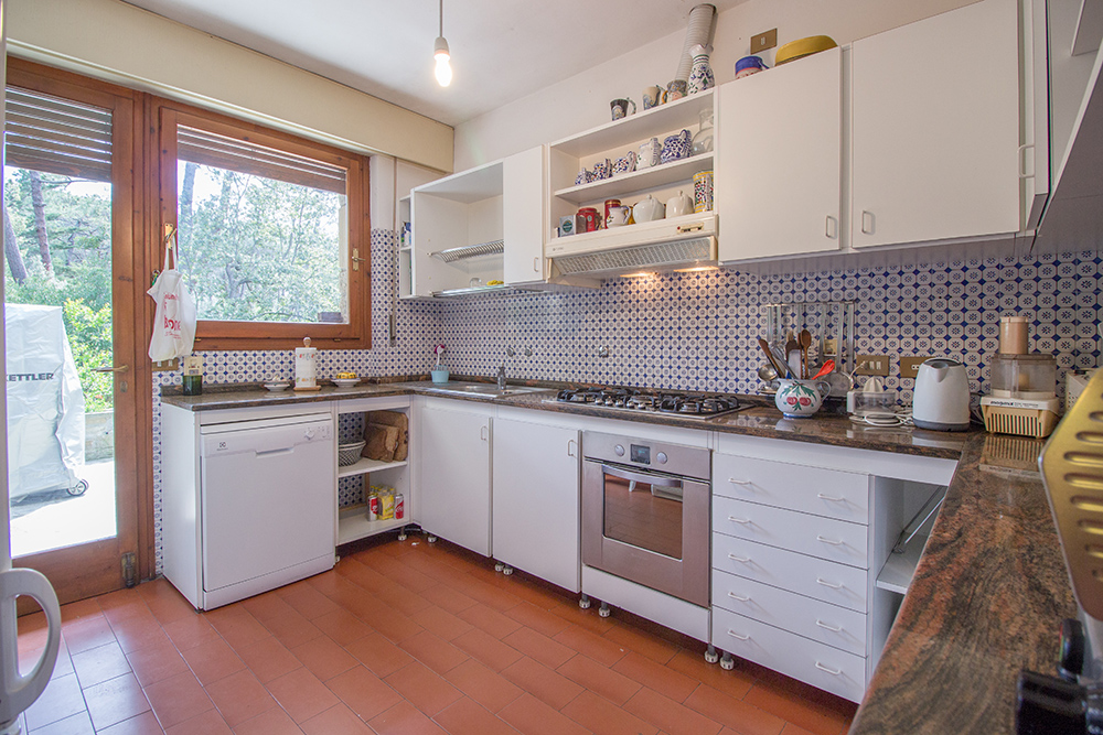 12-For-sale-luxury-villas-Italy-Antonio-Russo-Real-Estate-Villa-La-Pineta-Roccamare-Castiglione-della-Pescaia-Tuscany.jpg