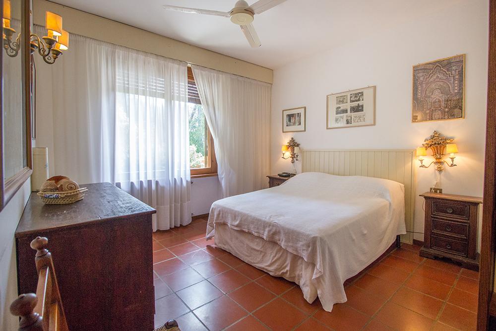 15-For-sale-luxury-villas-Italy-Antonio-Russo-Real-Estate-Villa-La-Pineta-Roccamare-Castiglione-della-Pescaia-Tuscany.jpg