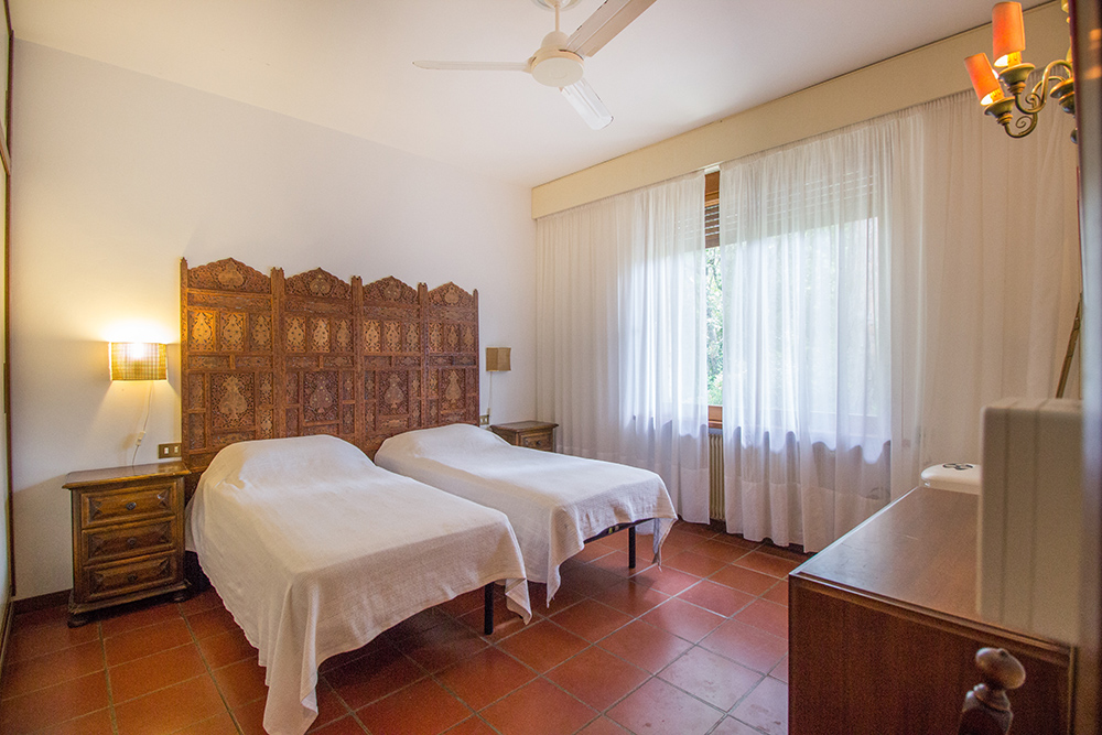 16-For-sale-luxury-villas-Italy-Antonio-Russo-Real-Estate-Villa-La-Pineta-Roccamare-Castiglione-della-Pescaia-Tuscany.jpg