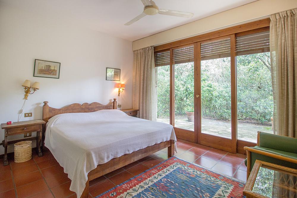 17-For-sale-luxury-villas-Italy-Antonio-Russo-Real-Estate-Villa-La-Pineta-Roccamare-Castiglione-della-Pescaia-Tuscany.jpg