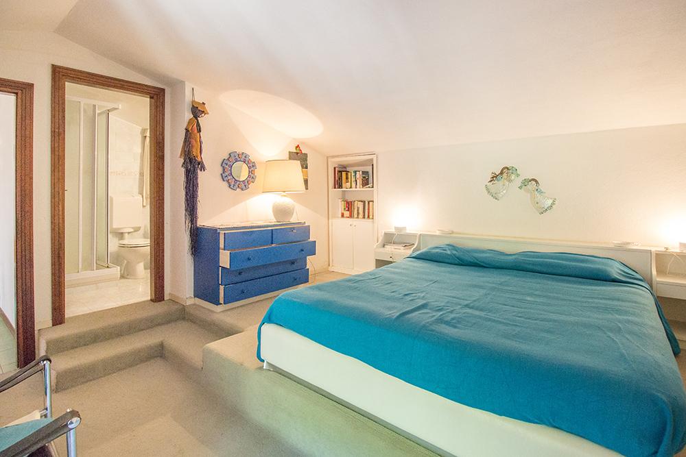 12-For-sale-luxury-villas-Italy-Antonio-Russo-Real-Estate-Villa-Paradiso-Punta-Ala-Tuscany.jpg