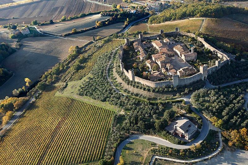 1-via-francigena-tuscany-antonio-russo-property-news.jpg