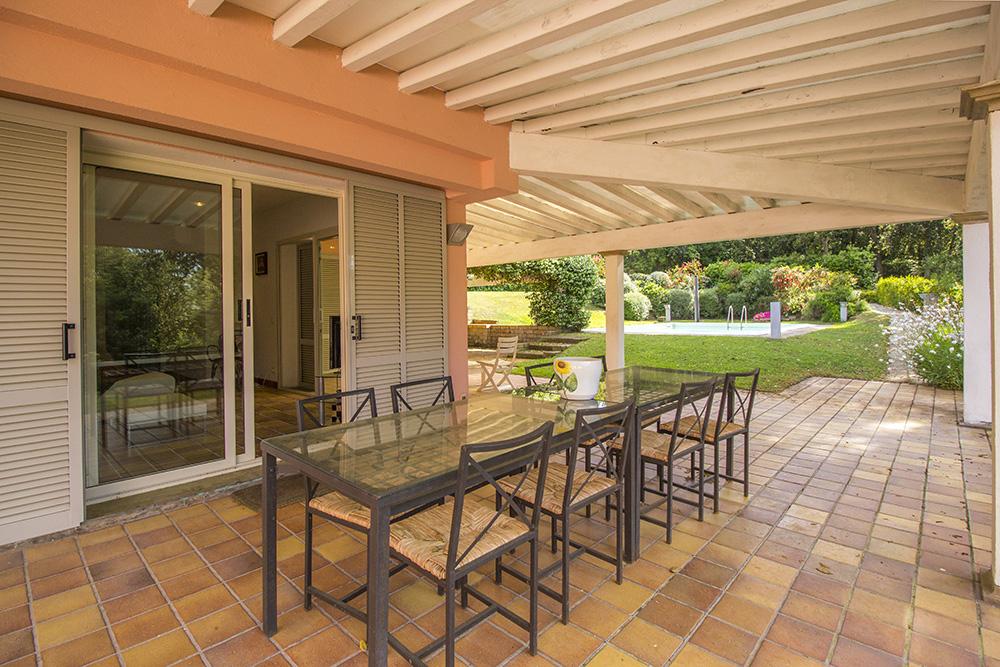 5-For-sale-luxury-villas-Italy-Antonio-Russo-Real-Estate-Villa-Delizia-Punta-Ala-Tuscany.jpg