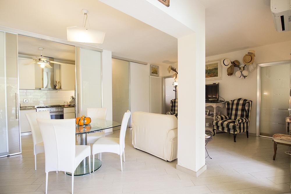 13-For-sale-luxury-villas-Italy-Antonio-Russo-Real-Estate-Villa-Delizia-Punta-Ala-Tuscany.jpg