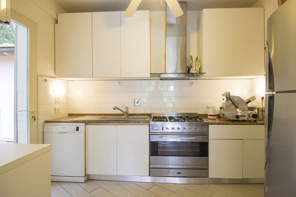 14-For-sale-luxury-villas-Italy-Antonio-Russo-Real-Estate-Villa-Delizia-Punta-Ala-Tuscany.jpg