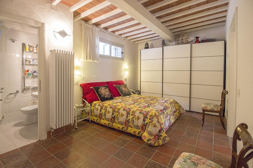 16-For-sale-luxury-villas-Italy-Antonio-Russo-Real-Estate-Villa-Delizia-Punta-Ala-Tuscany.jpg