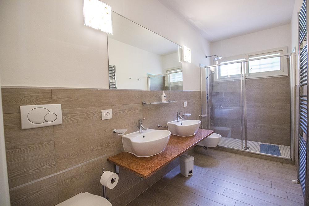 18-For-sale-luxury-villas-Italy-Antonio-Russo-Real-Estate-Villa-Delizia-Punta-Ala-Tuscany.jpg