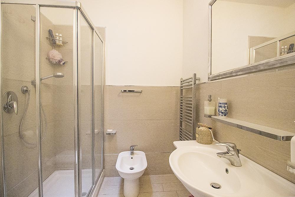 24-For-sale-luxury-villas-Italy-Antonio-Russo-Real-Estate-Villa-Delizia-Punta-Ala-Tuscany.jpg