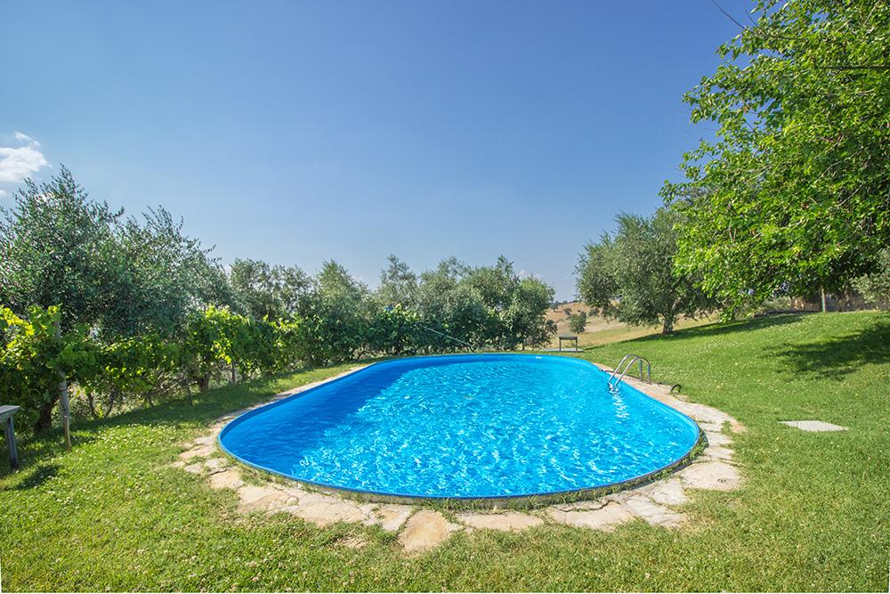 4-Casale-Il-Podere-esterno-Farm-Scansano-Maremma-Tuscany-For-sale-farmhouses-country-homes-in-Italy-Antonio-Russo-Real-Estate.jpg