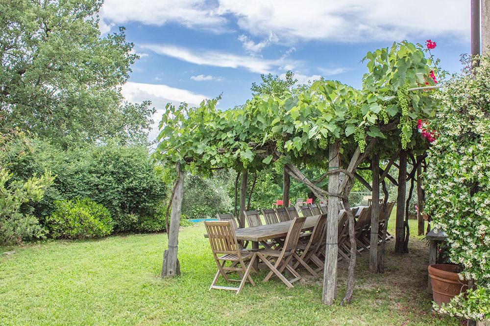 6-Casale-Il-Podere-esterno-Farm-Scansano-Maremma-Tuscany-For-sale-farmhouses-country-homes-in-Italy-Antonio-Russo-Real-Estate.jpg
