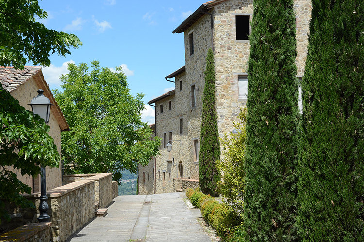 7-Italian-Real-Estate-Investment-opportunities-unique-luxury-village-hamlet-Italy-Antonio-Russo-Real-Estate-Borgo-Country-Resort-Umbria.jpg