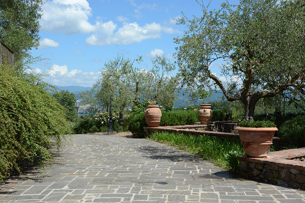 4-Casale-I-Girasoli-Farm-Umbertide-Perugia-Countryside-Umbria-For-sale-farmhouses-country-homes-in-Italy-Antonio-Russo-Real-Estate.jpg