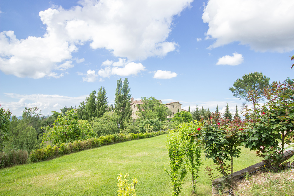 9-Casale-I-Girasoli-Farm-Umbertide-Perugia-Countryside-Umbria-For-sale-farmhouses-country-homes-in-Italy-Antonio-Russo-Real-Estate.jpg