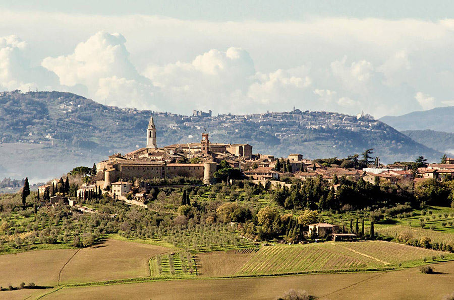 3-5-medieval-villages-of-tuscany-not-to-be-missed-antonio-russo-property-news.jpg