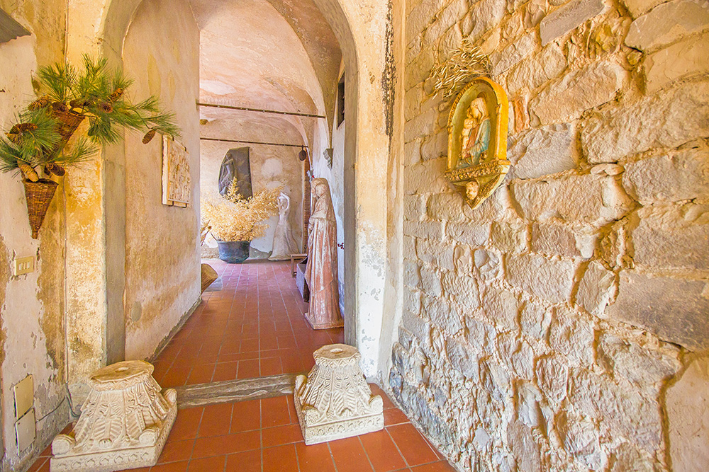 4-Casale-Il-Palagio-Farm-San-Casciano-Val-di-Pesa-Firenze-Countryside-Tuscany-For-sale-farmhouses-country-homes-in-Italy-Antonio-Russo-Real-Estate.jpg