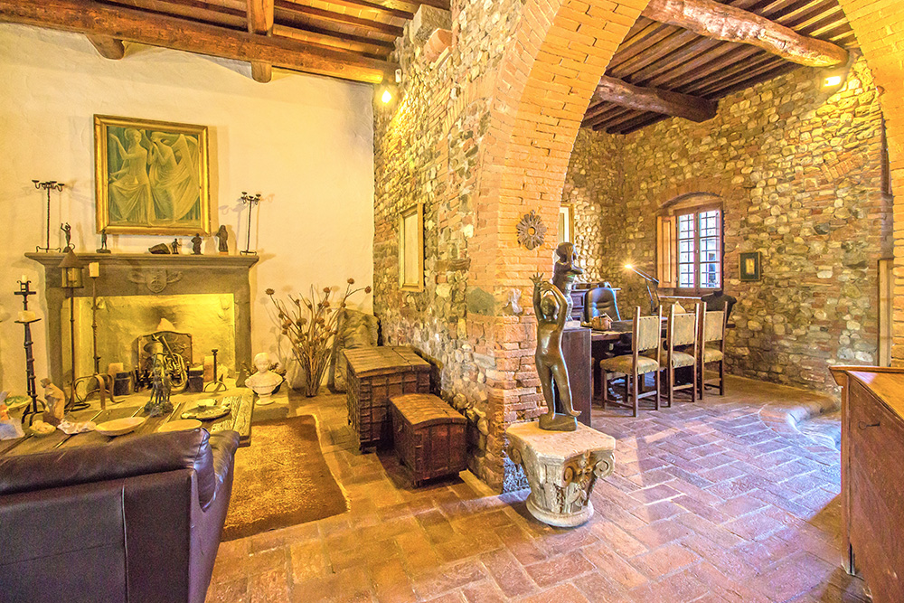 14-Casale-Il-Palagio-Farm-San-Casciano-Val-di-Pesa-Firenze-Countryside-Tuscany-For-sale-farmhouses-country-homes-in-Italy-Antonio-Russo-Real-Estate.jpg