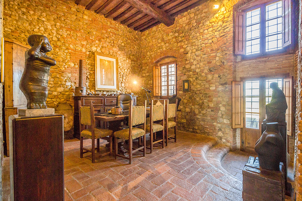 15-Casale-Il-Palagio-Farm-San-Casciano-Val-di-Pesa-Firenze-Countryside-Tuscany-For-sale-farmhouses-country-homes-in-Italy-Antonio-Russo-Real-Estate.jpg