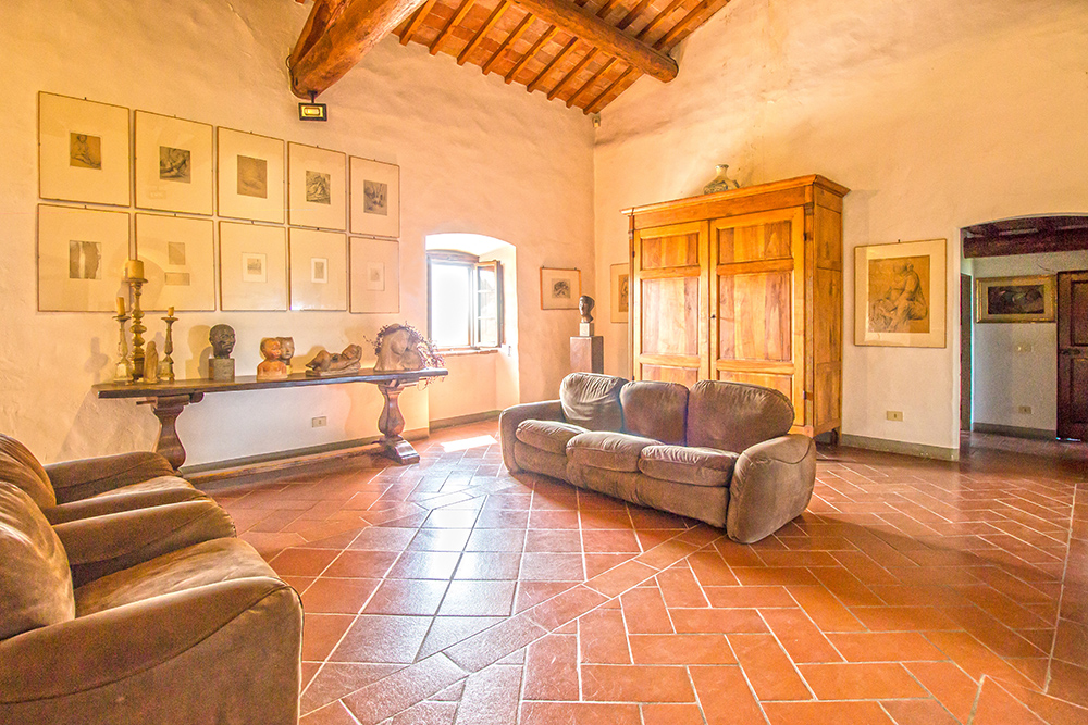 17-Casale-Il-Palagio-Farm-San-Casciano-Val-di-Pesa-Firenze-Countryside-Tuscany-For-sale-farmhouses-country-homes-in-Italy-Antonio-Russo-Real-Estate.jpg