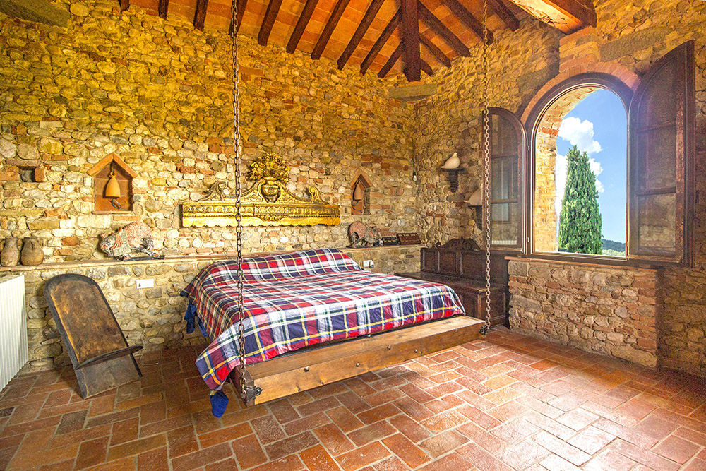 38-Casale-Il-Palagio-Farm-San-Casciano-Val-di-Pesa-Firenze-Countryside-Tuscany-For-sale-farmhouses-country-homes-in-Italy-Antonio-Russo-Real-Estate.jpg