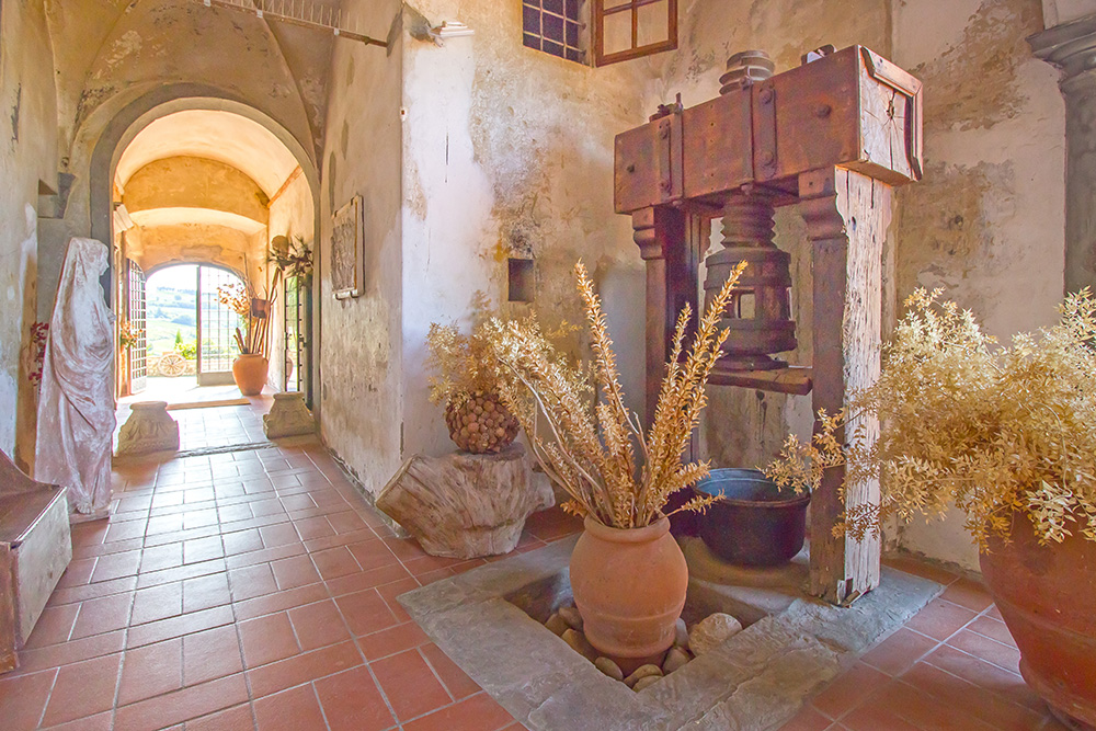 8-Casale-Il-Palagio-Farm-San-Casciano-Val-di-Pesa-Firenze-Countryside-Tuscany-For-sale-farmhouses-country-homes-in-Italy-Antonio-Russo-Real-Estate.jpg