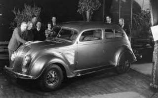 1934 DeSoto Airflow ( www.allpar.com )