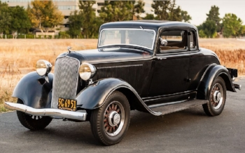 1933 Plymouth model pd : style and refinement at a bargain price (www.BringaTrailer.com)