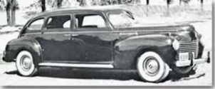 1940 Chrysler imperiaL:The integration of fender and body begins  (chrysler advert circa 1940)
