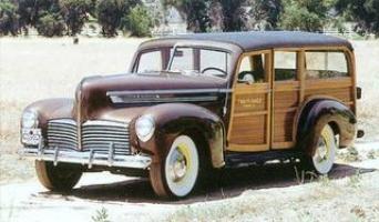 1942 Hudson super six station wagon (www.oldcarandtruckpictures.com)