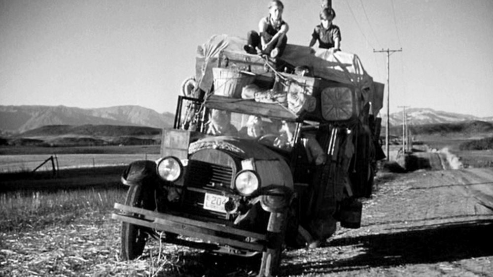 in John Ford's  The Grapes of Wrath  (1940) Under all that stuff sat a star without a credit