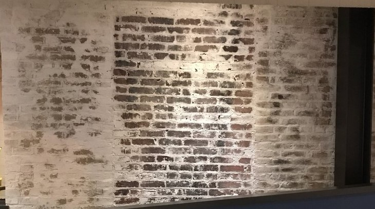 Whitewash Brick.jpg