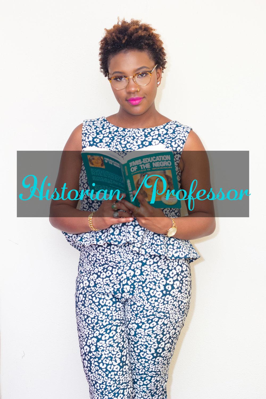 HISTORIAN/PROFESOR