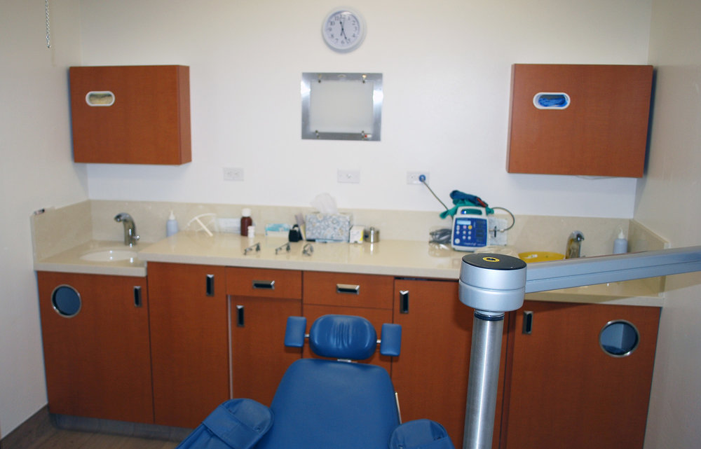 09-Oral-Surgery-Office.jpg