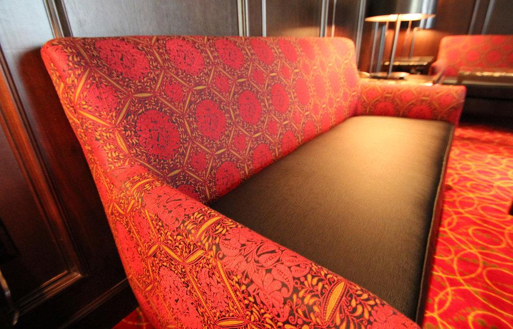 04-Love-Seat.jpg