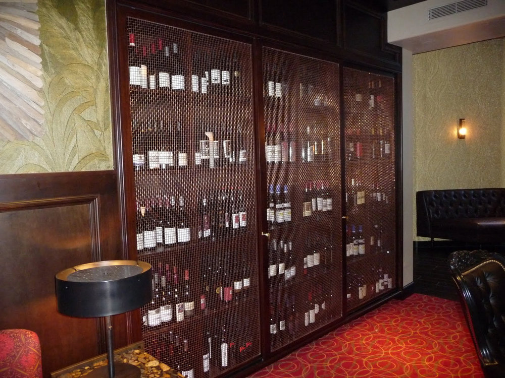 09-Wine-Cabinet.jpg