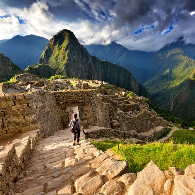 The 10 Wonders of the World That Should Be on Every Traveler's Bucket List - BRIT + CO