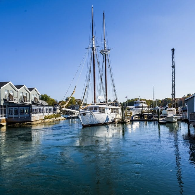 Discover the Way Life Should Be in Kennebunkport - BRIT + CO: For this installment of our weekend travel guides, we're headed to one of the most picturesque towns in all of New England: Kennebunkport, Maine.(7 October 2018)