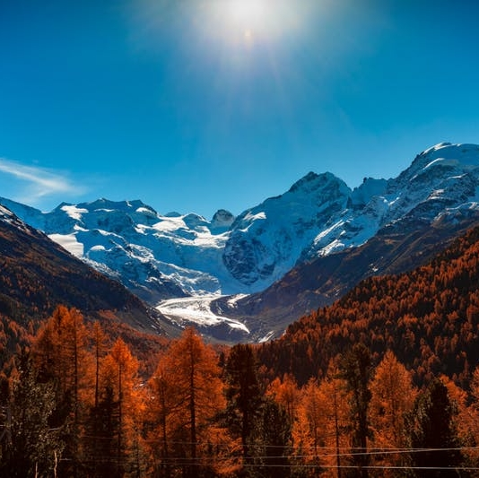 Swiss Bliss: 10 Reasons Why Switzerland Should Be Your Fall Vacation Spot - BRIT + CO: We've already written about how the Swiss Alps are just as exhilarating to visit in the summertime as they are during the winter ski season, but we neglected to mention the most underrated (and picturesque) season of all: autumn.(18 October 2018)