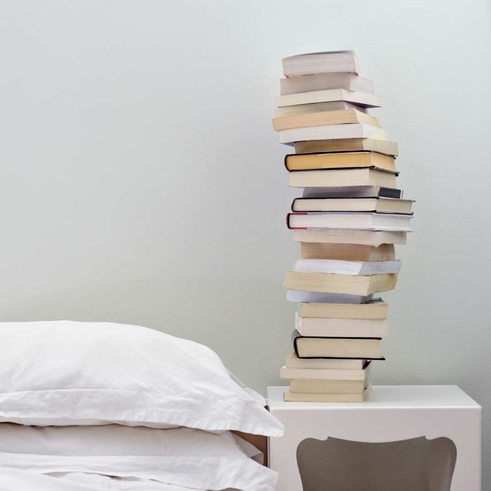The Year Of Magical Reading - ECHOES SENTINEL: It is alarmingly easy to occasionally feel trapped in the day-to-day banalities of your routine.(9 November 2011)