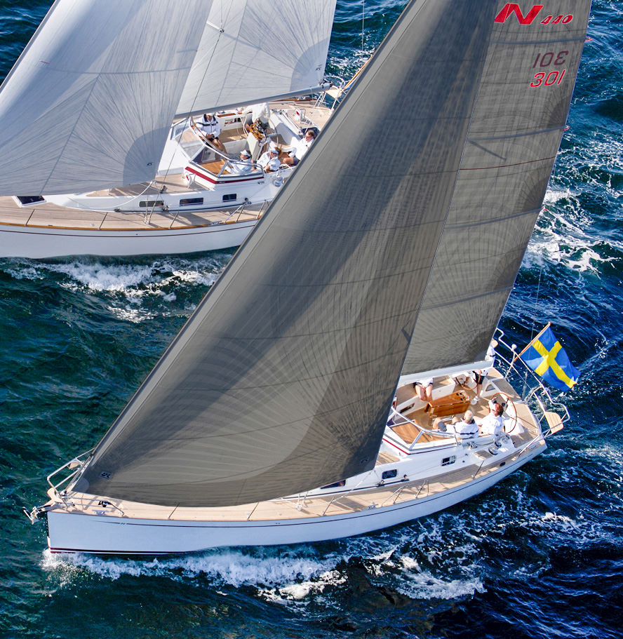 Cruising Titanium genoa and fully-battened mainsail with grey taffeta on both sides of the sail. Click to enlarge.