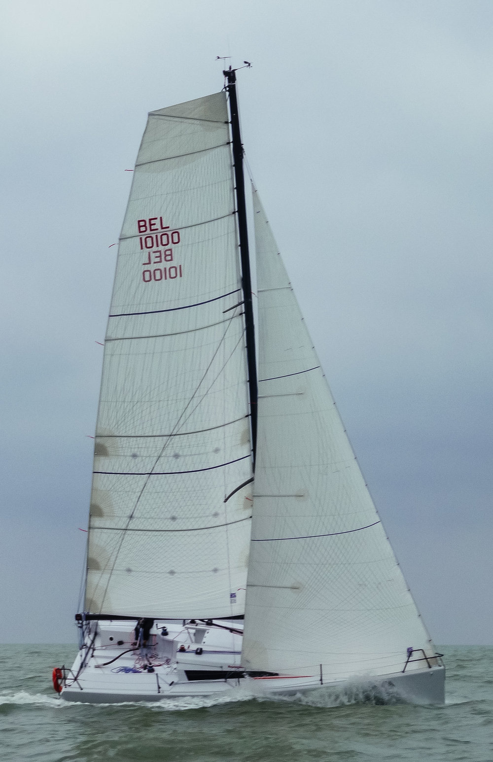 UK Sailmakers Square Top Mainsail 6 Nacira 9.50 Lamia.jpg