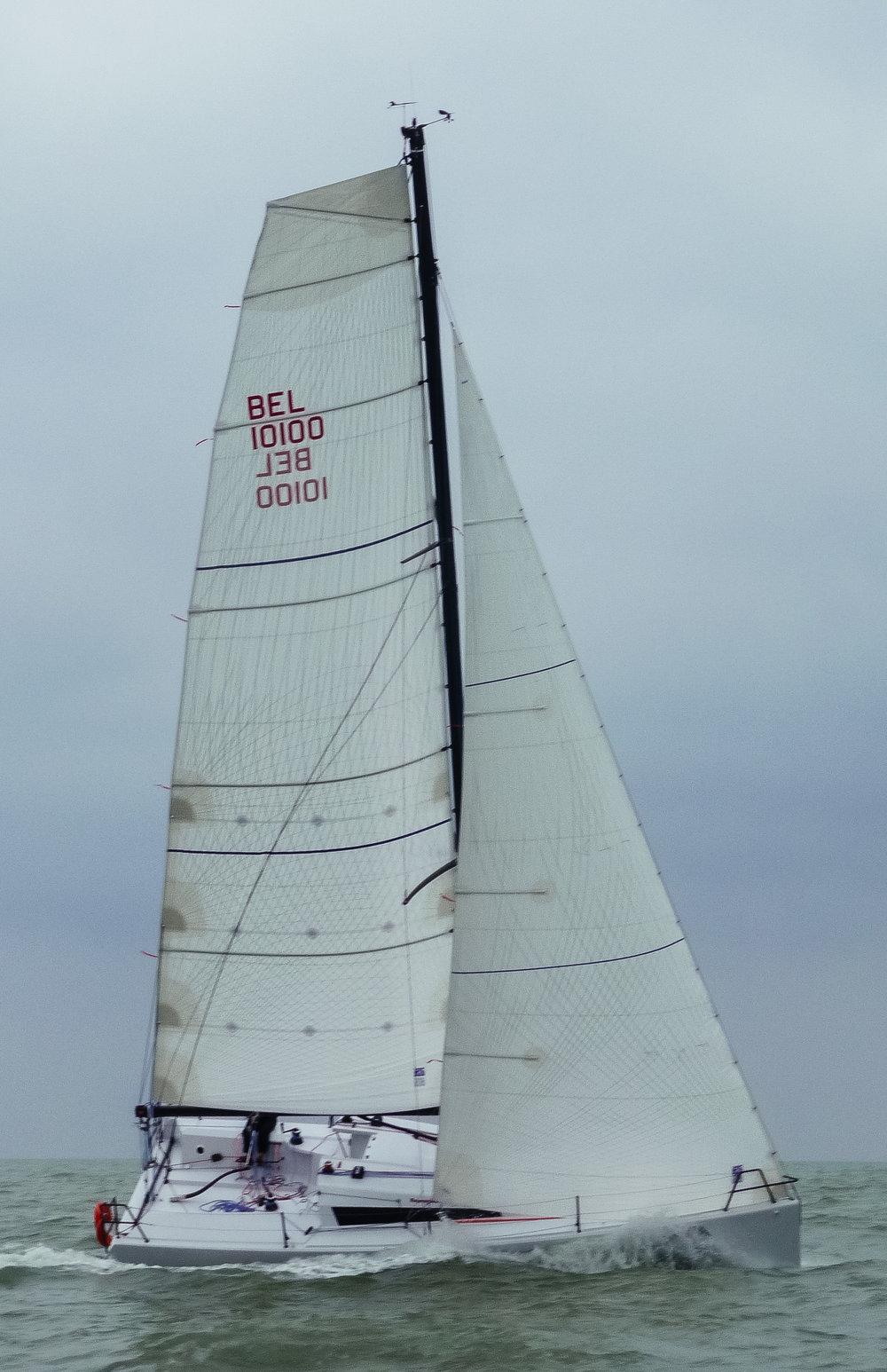 UK Sailmakers Square Top Mainsail 6 Nacira 9.50 Lamia.jpg