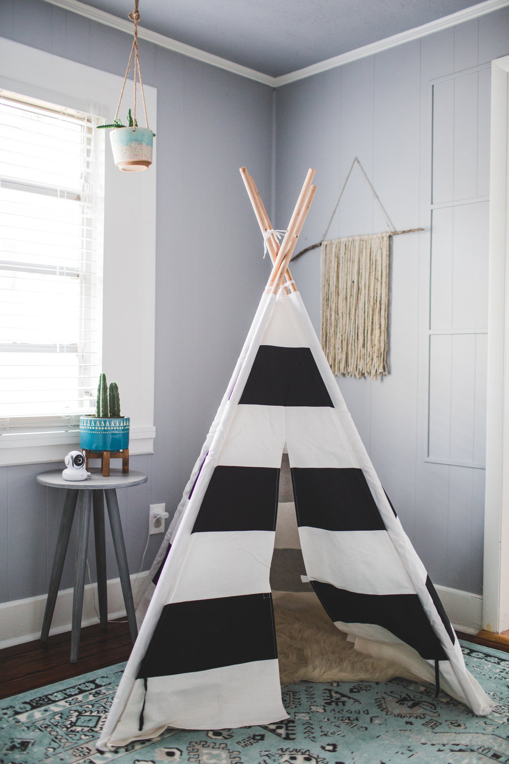 childs bedroom teepee