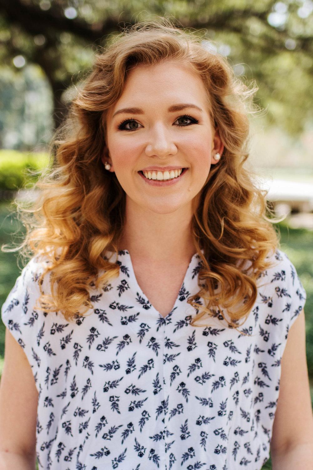 Delena Van Valkenburg,  Violist + Vocalist